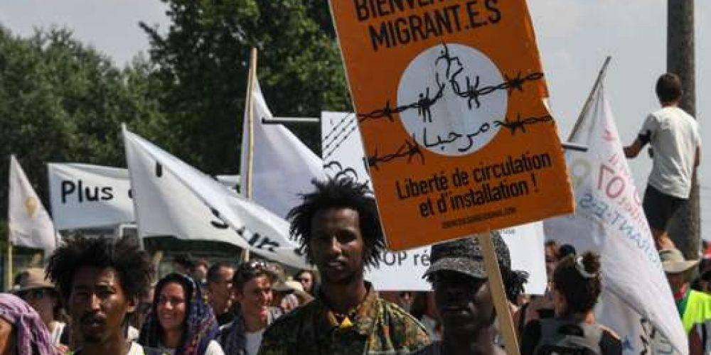 Migrants, conseil constitutionnel, solidarité, fraternité, accueil, droit des étrangers